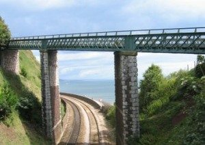 houses for sale kingsteignton devon whiteandcompany.co.uk teignmouth railway bridge scenic view image
