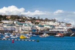 removals st peter port guernsey whiteandcompany.co.uk guernsey domestic removals scenic view image