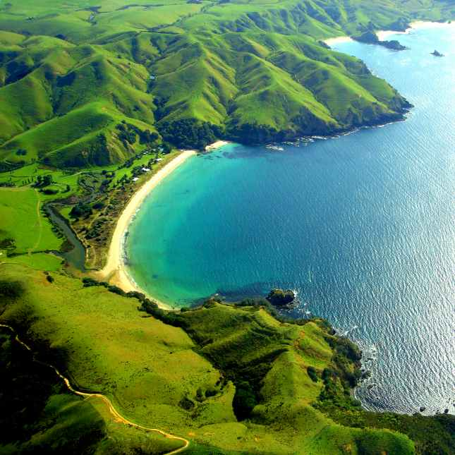 Tupou Bay, New Zealand