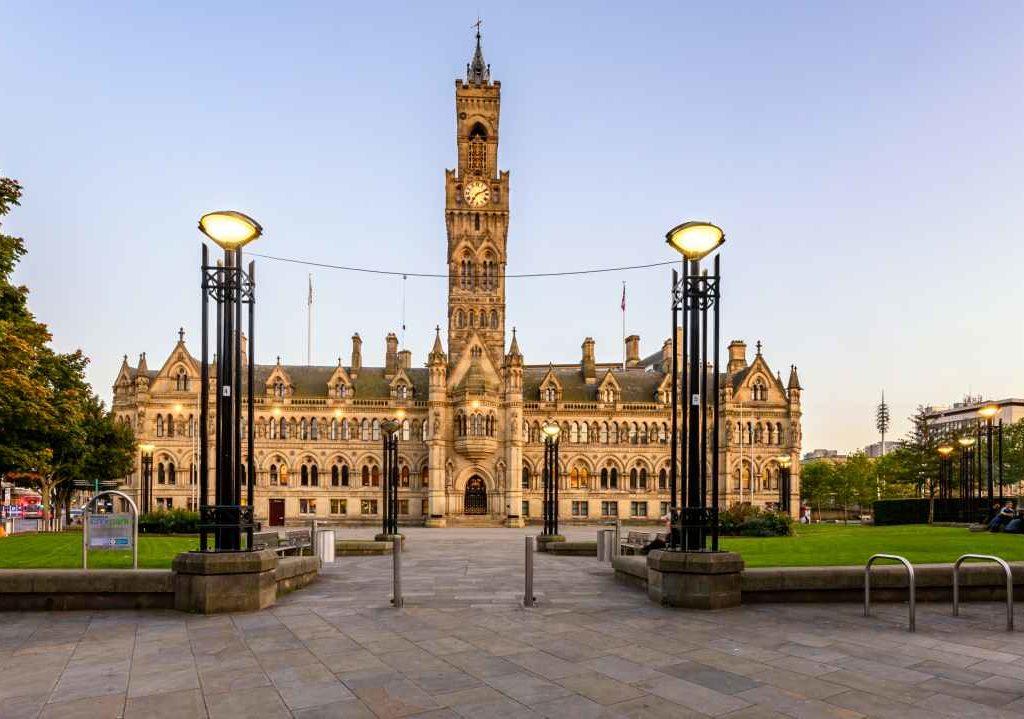 Removals Bradford City Hall