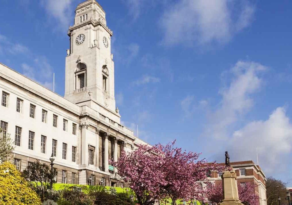 Removals Barnsley, Town Hall